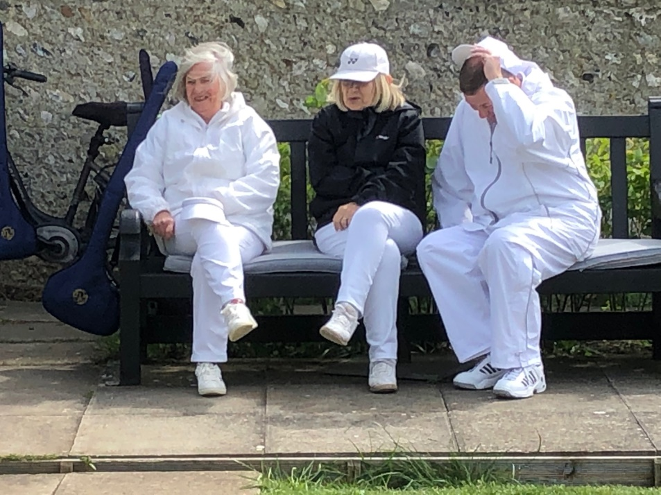 C:\Users\Brian\Documents\My Documents\Dad\Croquet Club\Chairman Newsletter\May 2019\EOM April Cold.JPG